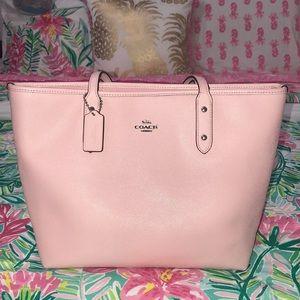 Slightly used blush pink Coach purse!